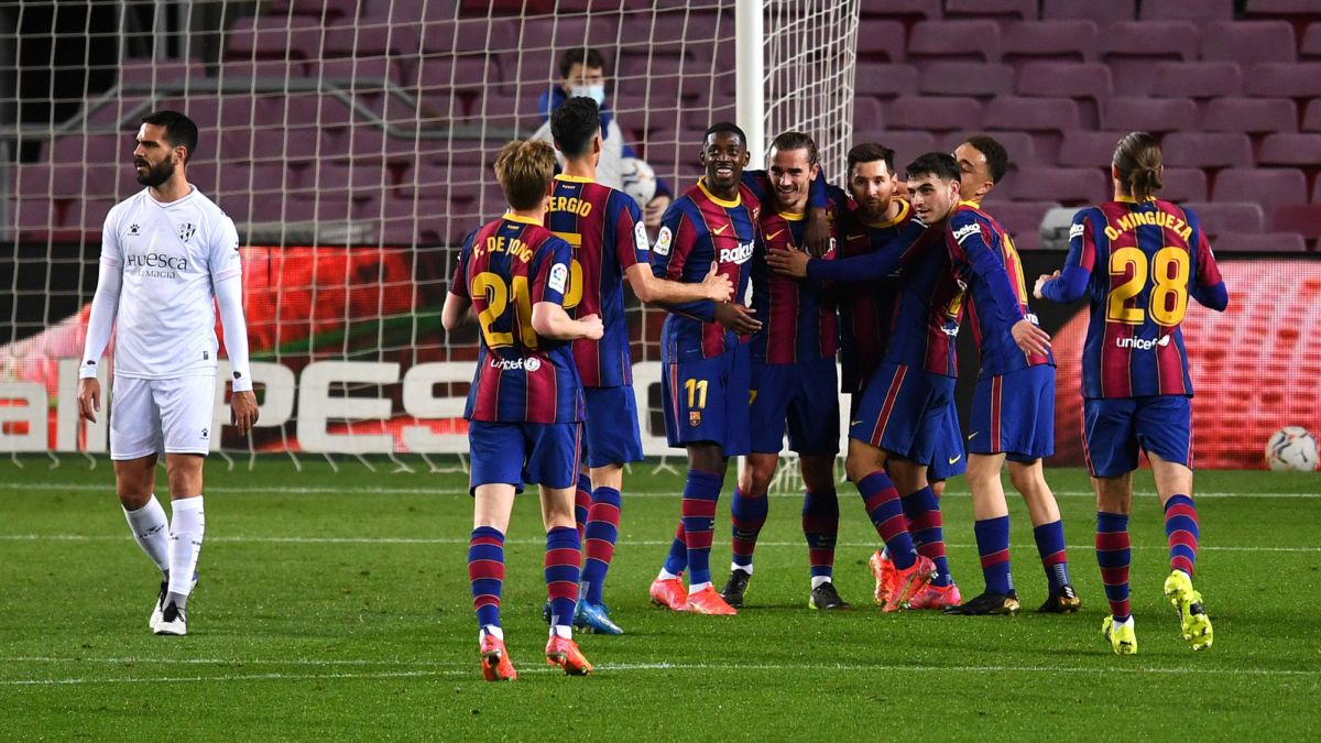 Messi-already-rubs-shoulders-with-the-leader