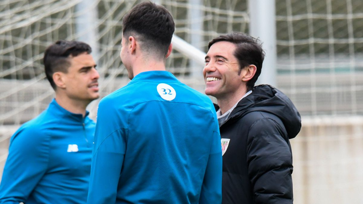 Marcelino-regulates-the-line-ups-to-the-millimeter-for-the-Cup-final