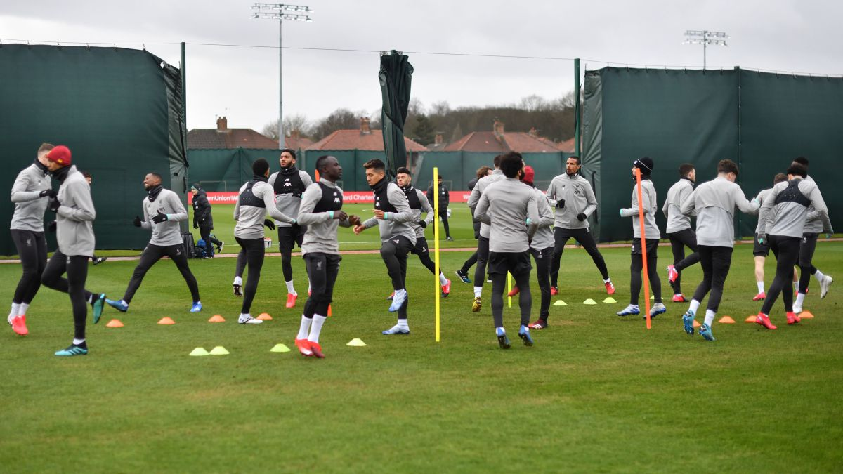 Liverpool-throws-€-60M-on-the-ground