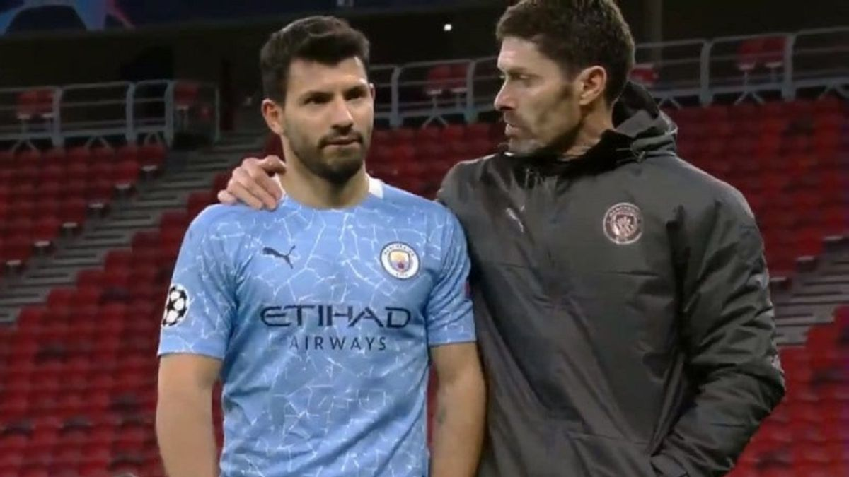 Agüero-makes-a-mess-in-the-City