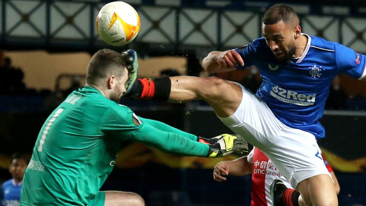 Roofe's-creepy-kick-ends-in-a-skull-fracture