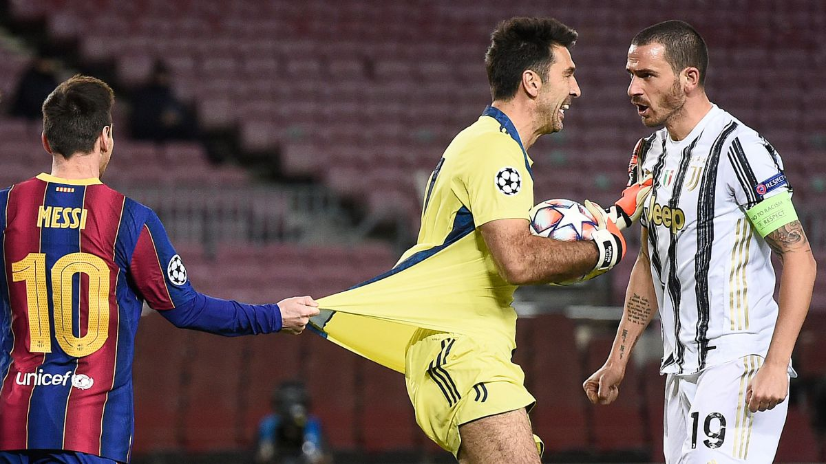 Buffon-gets-fed-up-with-being-second