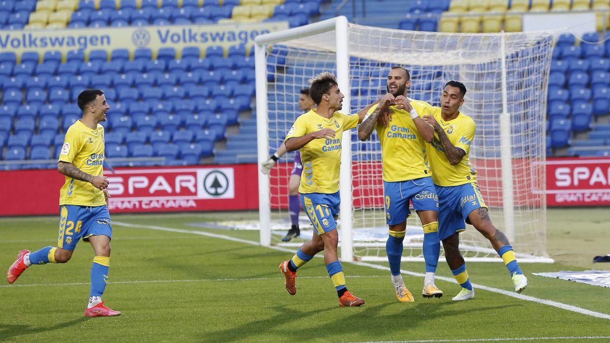 Las-Palmas-is-disheveled-in-Jesé's-scorer-premiere