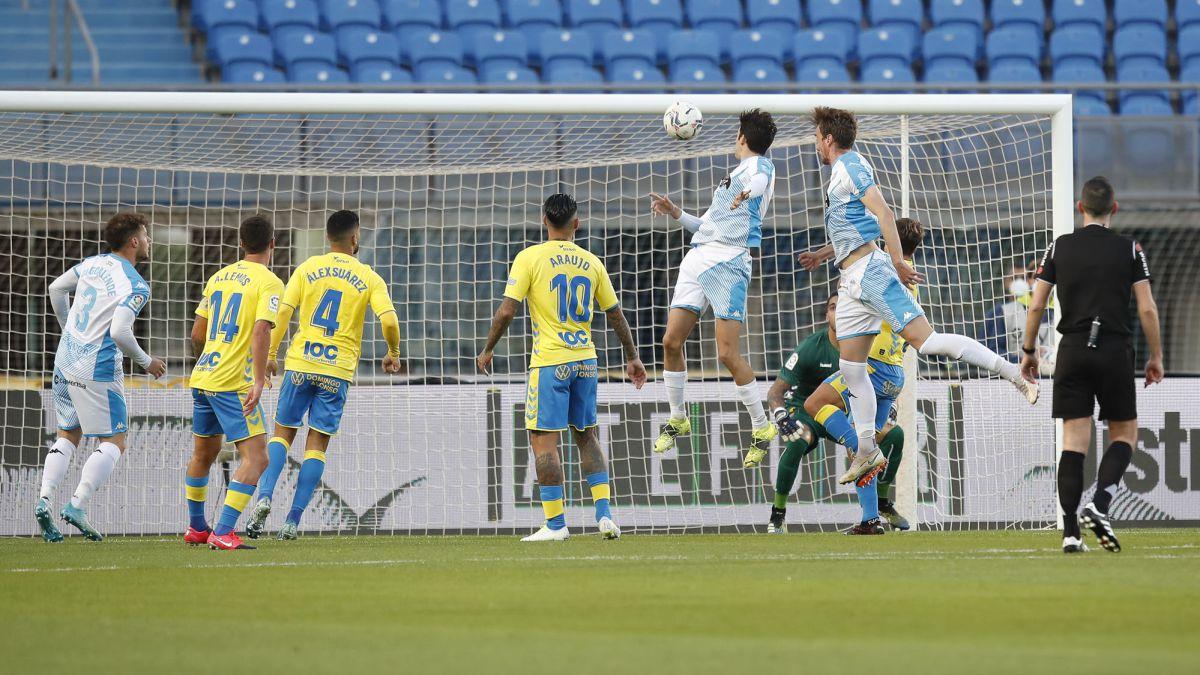 Lugo-will-play-its-first-match-ball-against-Málaga