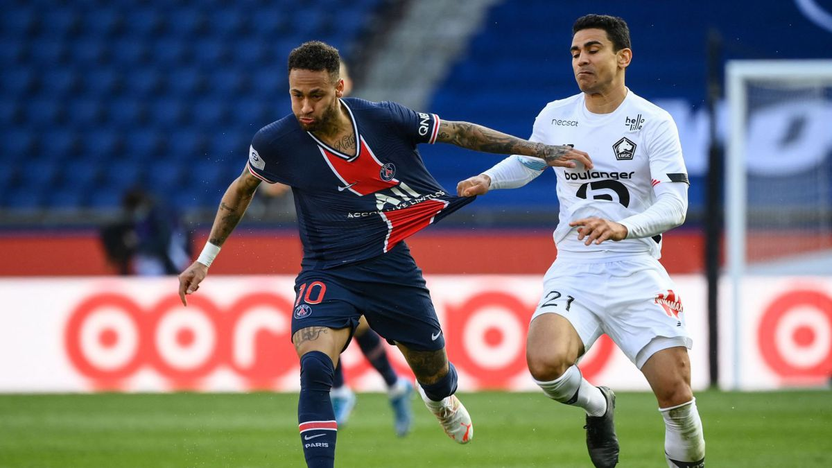 Lille-knock-PSG-out-of-the-lead-with-Neymar-expelled