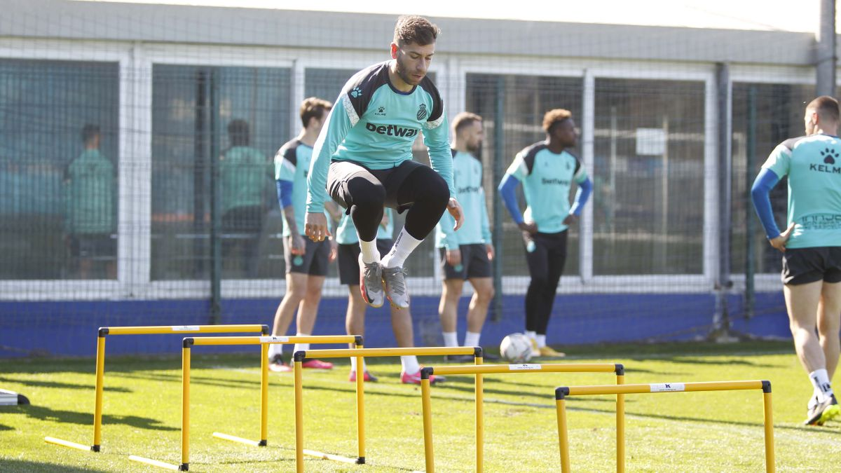 High-jump-in-the-Belmonte