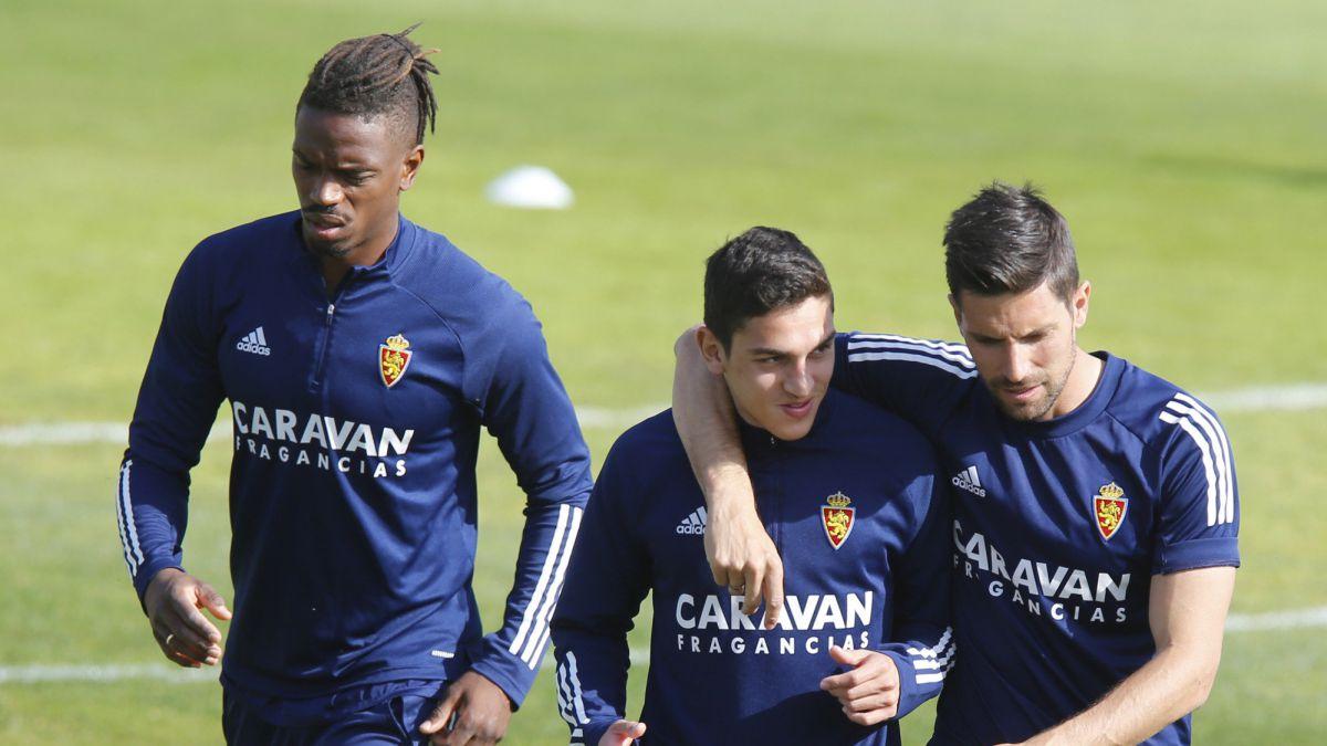 Needs-lurk-in-the-night-of-Fernando-Torres