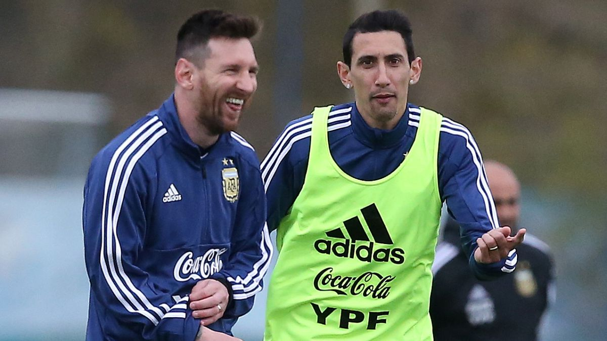 """Di-María-calls-Messi:-""""Having-him-by-your-side-would-be-wonderful-I-tell-him-to-think-about-his-happiness"""""""