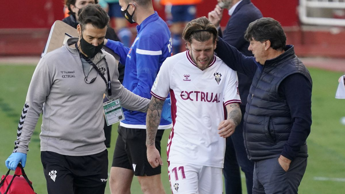 Albacete-will-give-a-touch-of-attention-to-Álvaro-Jiménez