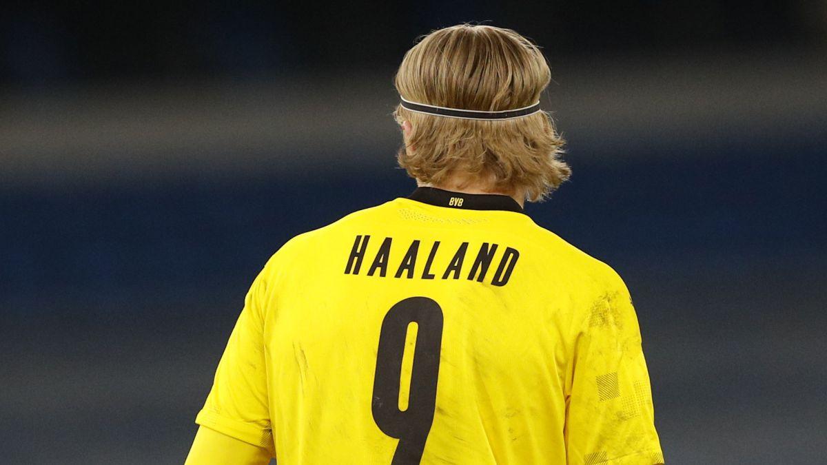 Borussia-Dortmund-places-Haaland-in-the-showcase