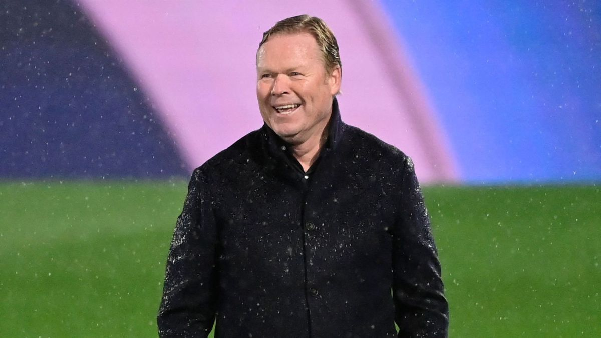 """Koeman-explodes-and-plants-the-television:-""""It-is-a-very-clear-penalty-again-we-have-to-shut-up"""""""