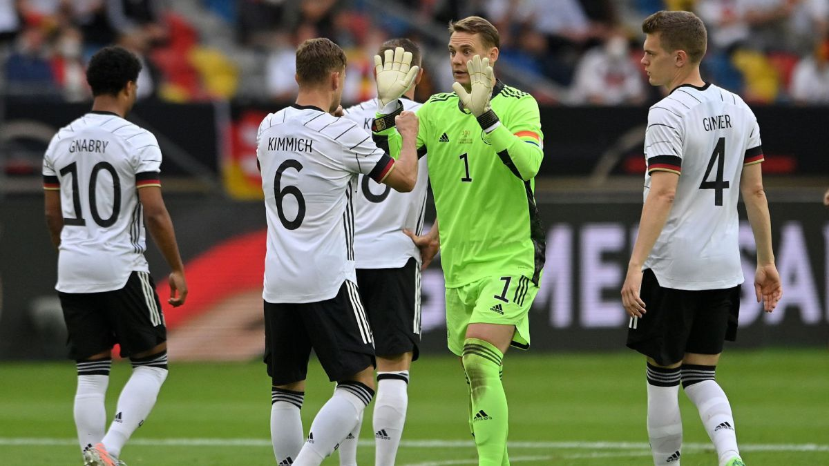 Outrage-over-bonuses-to-the-German-national-team