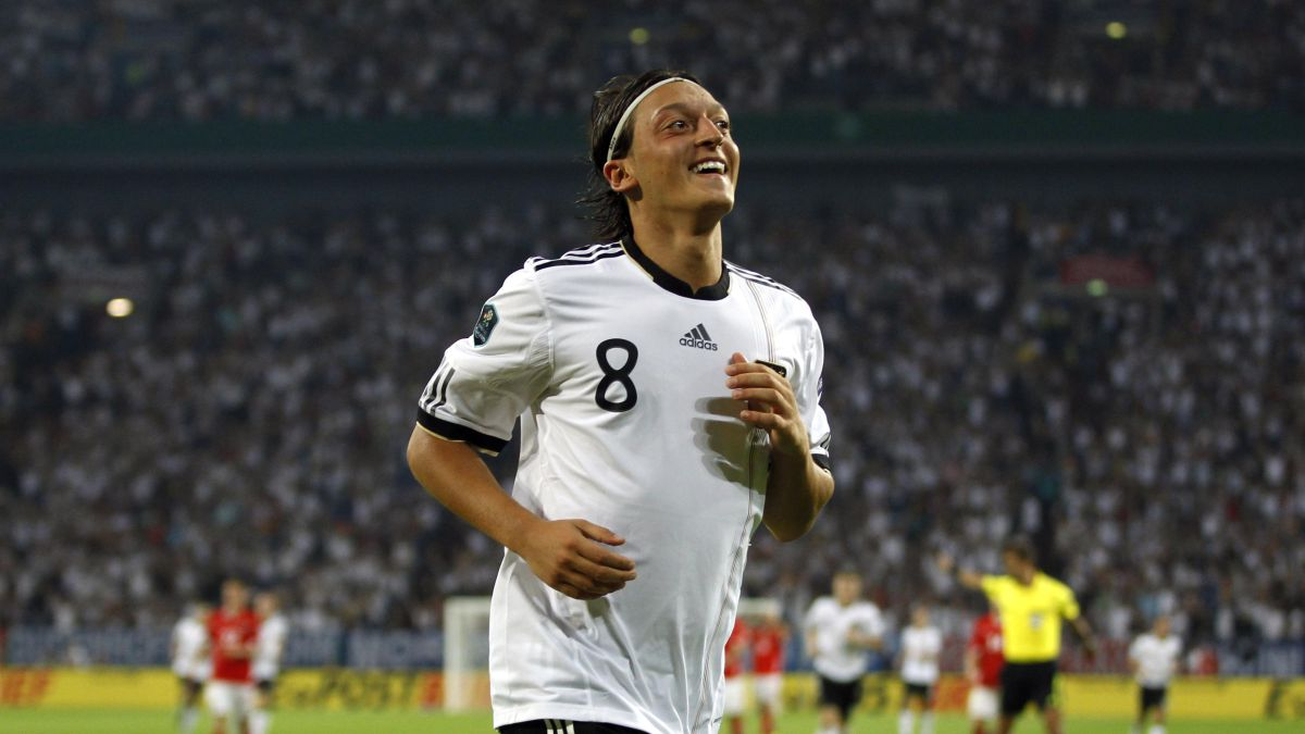 """Löw-in-his-goodbye:-""""Özil-was-a-tremendous-disappointment"""""""