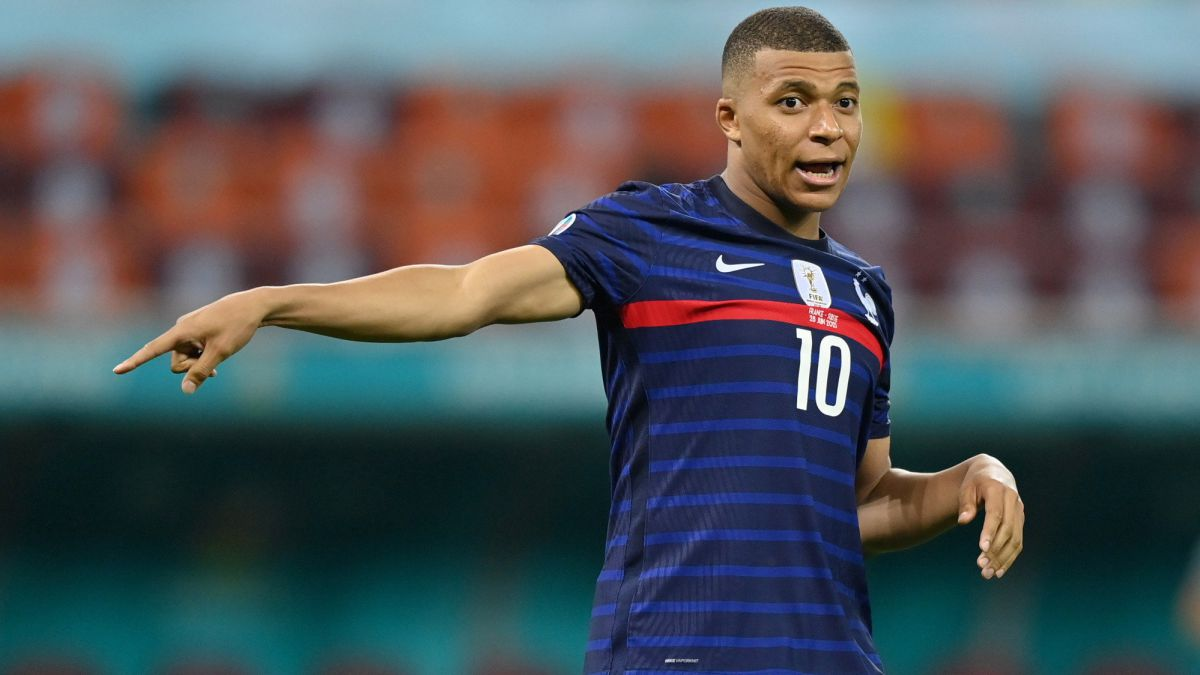 Mbappé-goes-according-to-plan