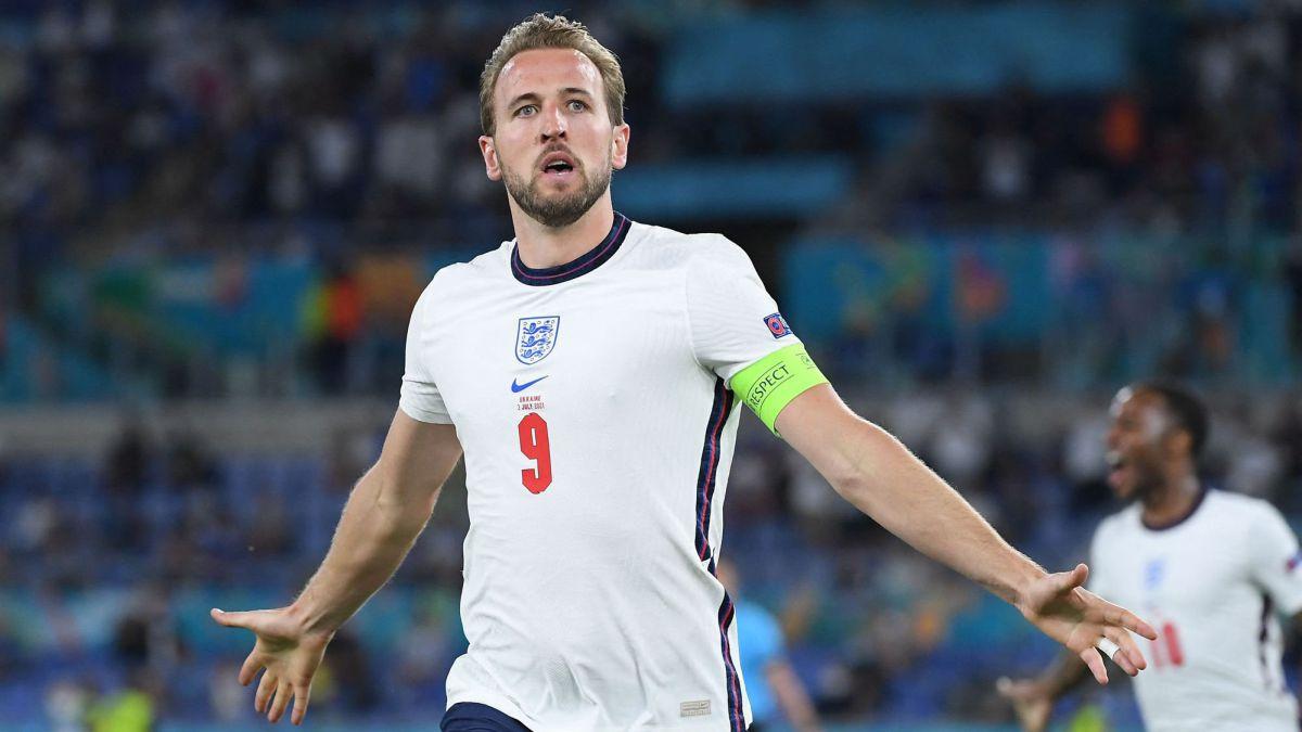 Guardiola-surprises-with-Kane