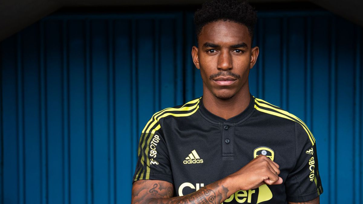 Official:-Junior-to-Leeds-United