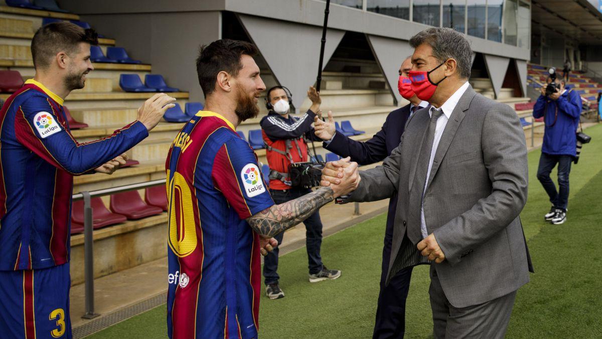 "Laporta-insists:-""Messi's-renewal-is-progressing-adequately"""