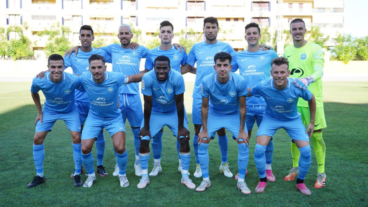 Miki-Villar-and-Bogusz-seal-the-victory-of-Ibiza-against-Al-Raed