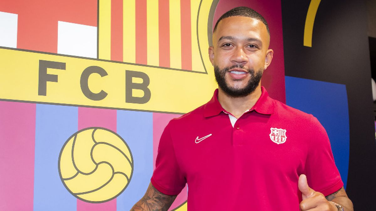 Memphis-Depay-new-Barcelona-player:-presentation-and-press-conference-live
