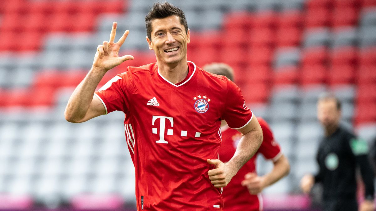 Lewandowski-named-best-footballer-in-Germany-for-the-second-year-in-a-row
