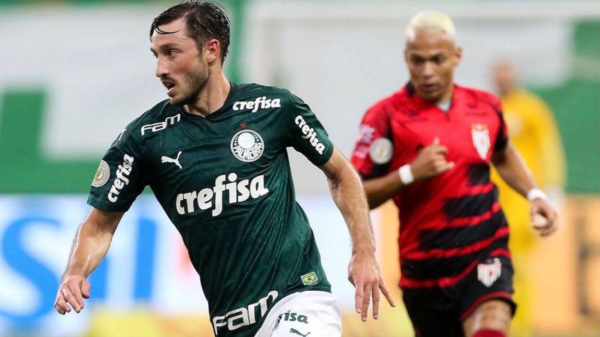 Mourinho-has-a-new-full-back:-Matías-Viña