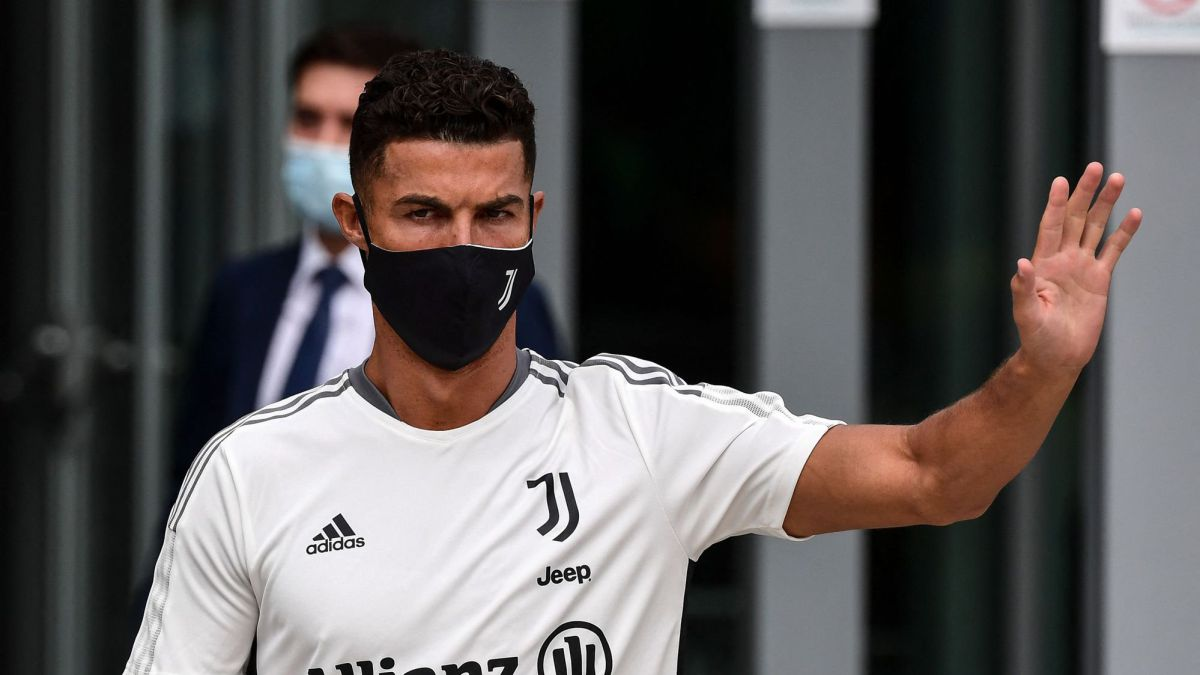 Cristiano-asks-for-ransom-from-Madrid