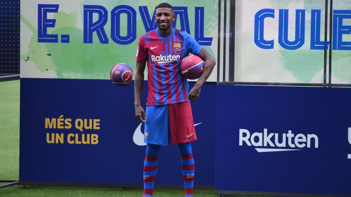 Emerson-arrives-at-Barcelona-aspiring-to-be-Dani-Alves
