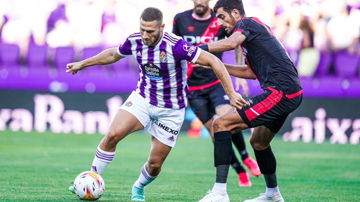 A-good-Valladolid-realizes-a-heavy-Rayo-Vallecano