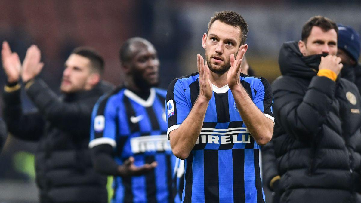 Raiola-'sells'-the-Inter-quarterback-to-the-Premier