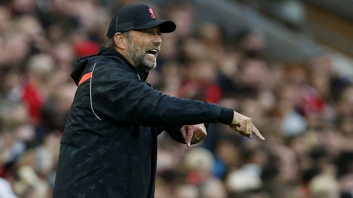 """Klopp-shoots:-""""I-don't-know-how-PSG-Chelsea-United-and-City-can-buy-so-much-..."""""""