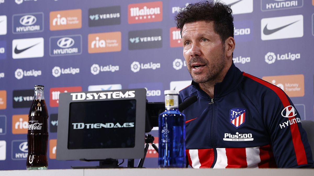 Simeone-solves-the-mystery-about-the-supposed-call-to-Messi