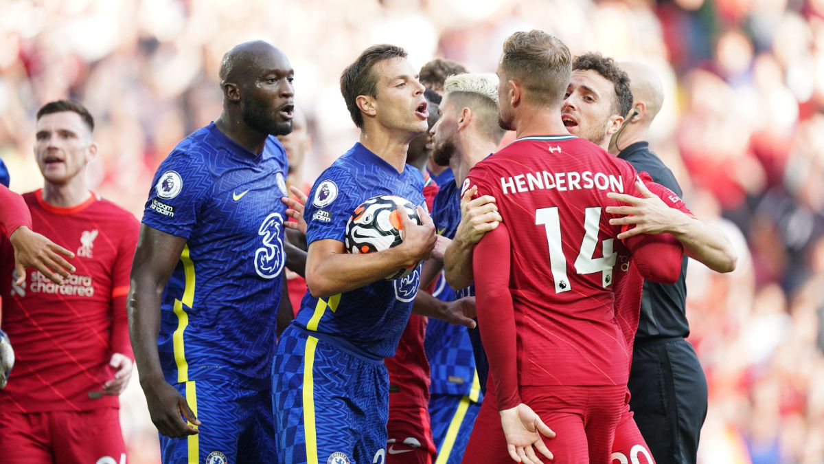 A-Chelsea-with-10-resists-at-Anfield