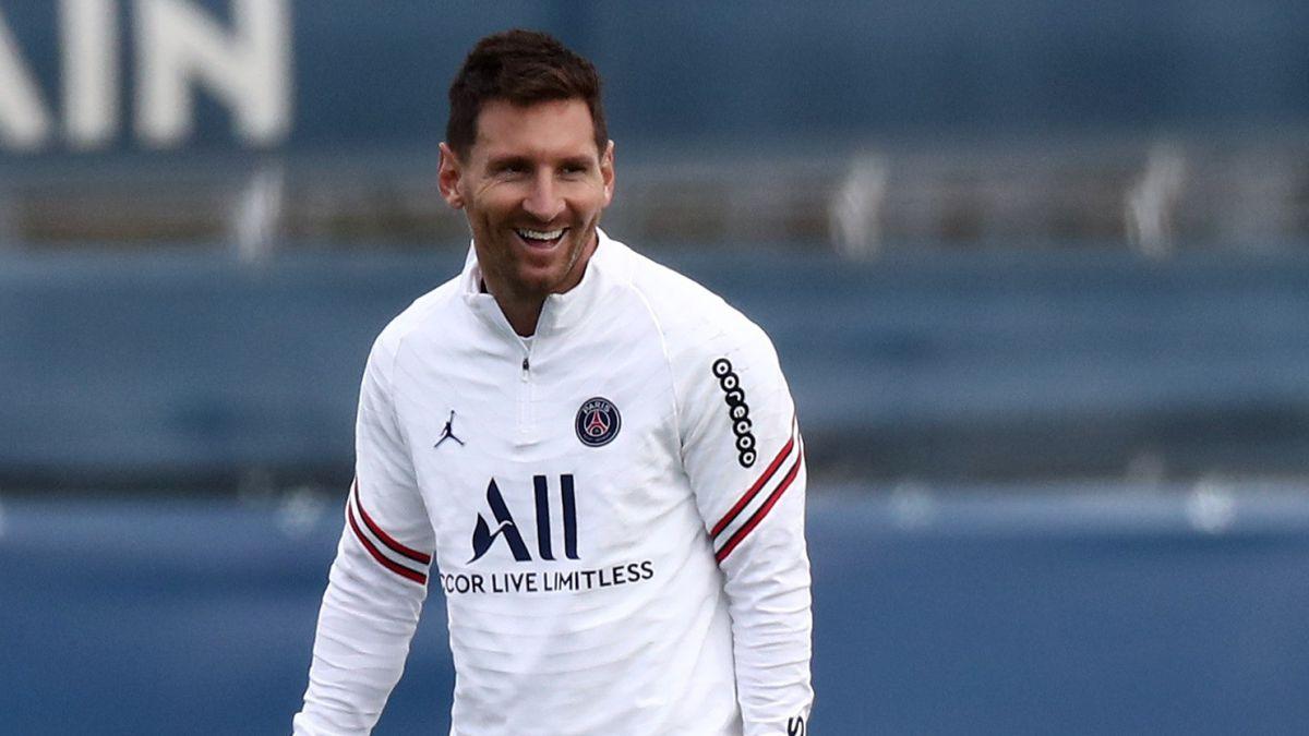 Messi-starts-a-new-era