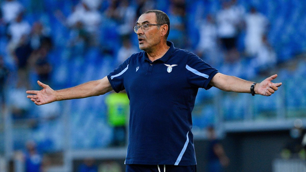Sarri-was-left-without-a-transfer-due-to-...-having-an-incorrect-email-address!