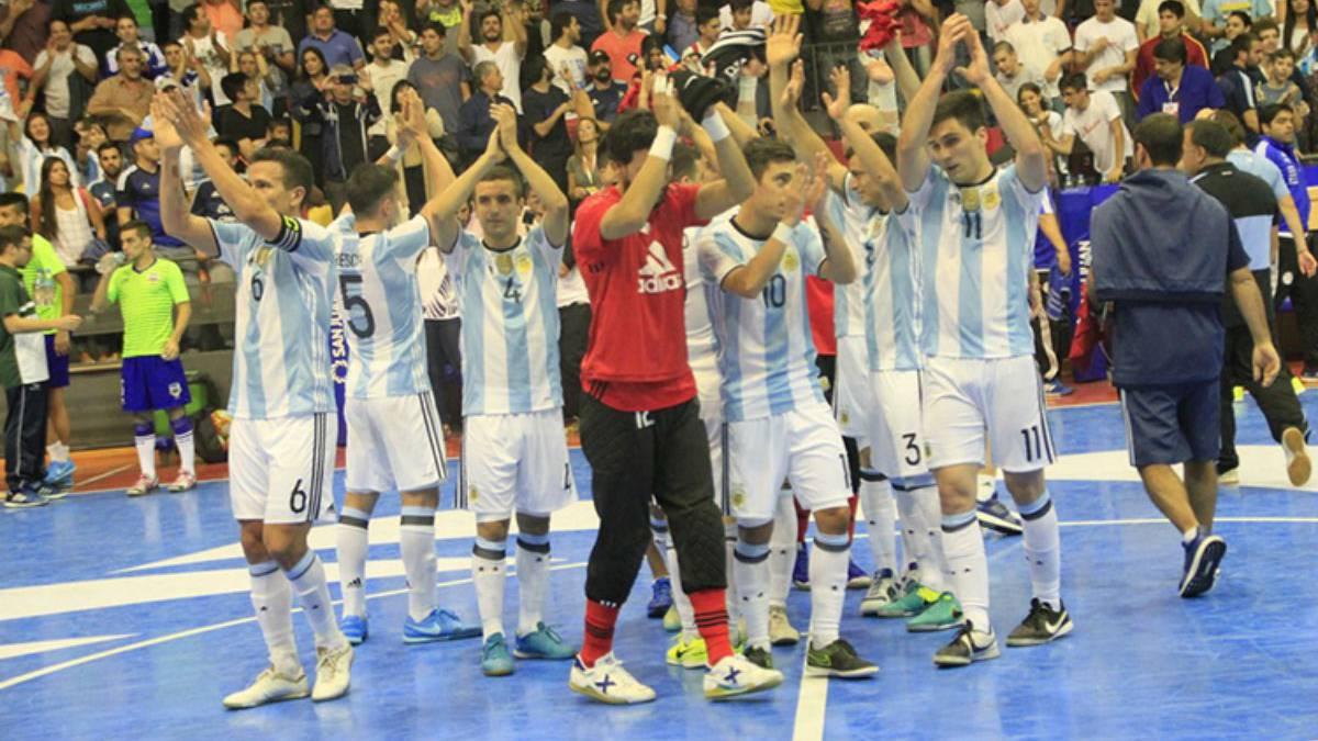 63d141f40a718 Argentina 2-4 Brasil  resumen