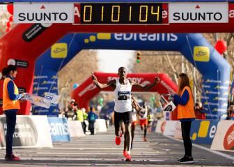 Eric Kiptanui y Roza Dereje vencen sin poder batir récords