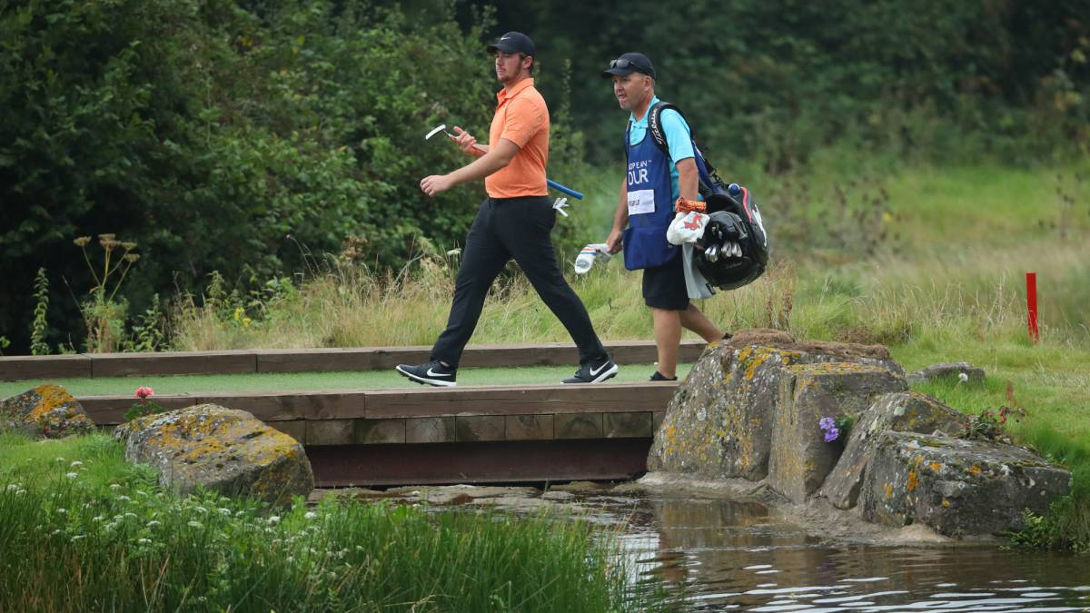 Horsfield-snatches-the-lead-from-Pieters-with-Elvira-ninth