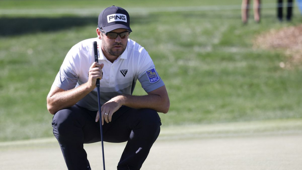 Conners-distances-himself-from-McIlroy-and-now-leads-solo