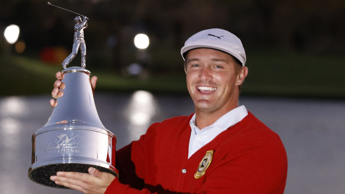 DeChambeau-beats-Westwood-and-takes-the-Arnold-Palmer