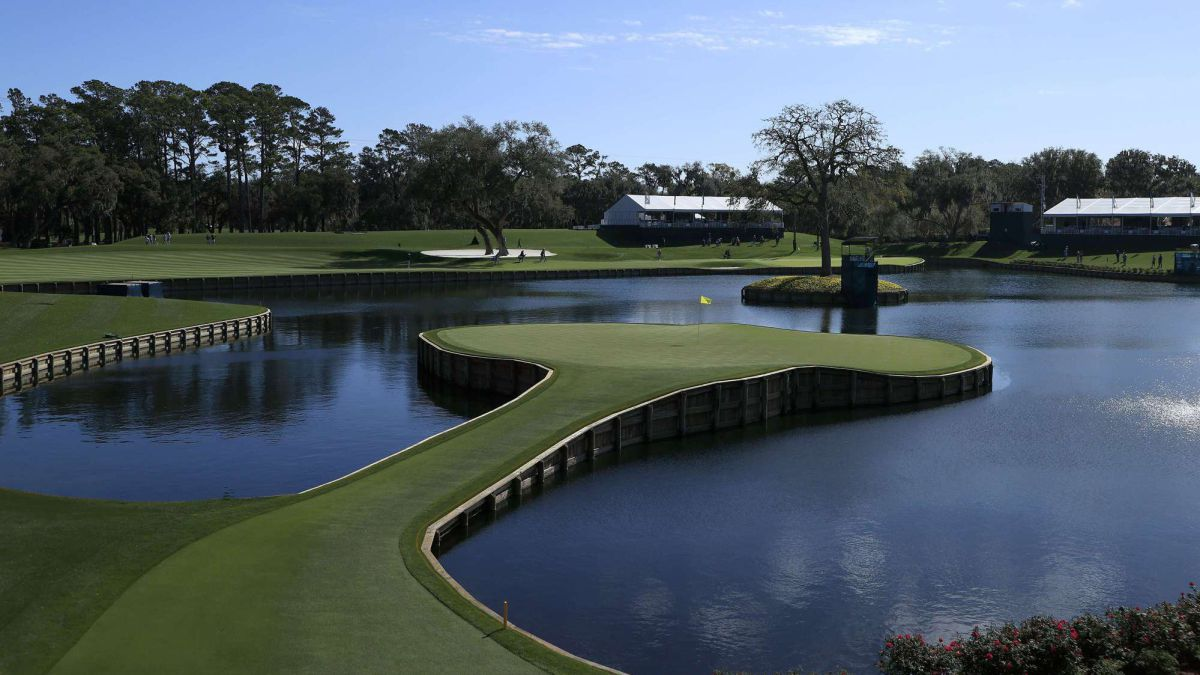 Sawgrass-17:-a-black-hole-that-separates-Rahm-and-Sergio-García-from-the-Players