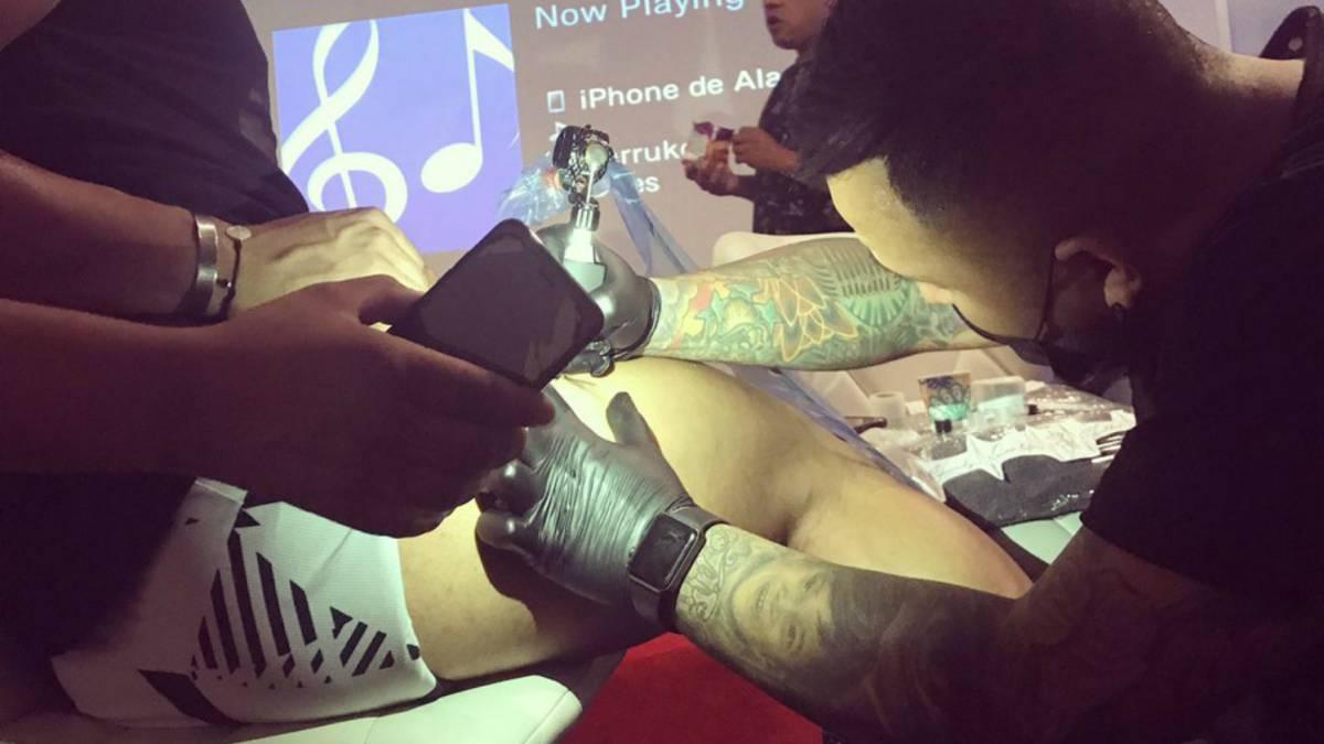 Chivas Alan Pulido Se Tatua La 12 Que Consiguio Con Chivas As Mexico