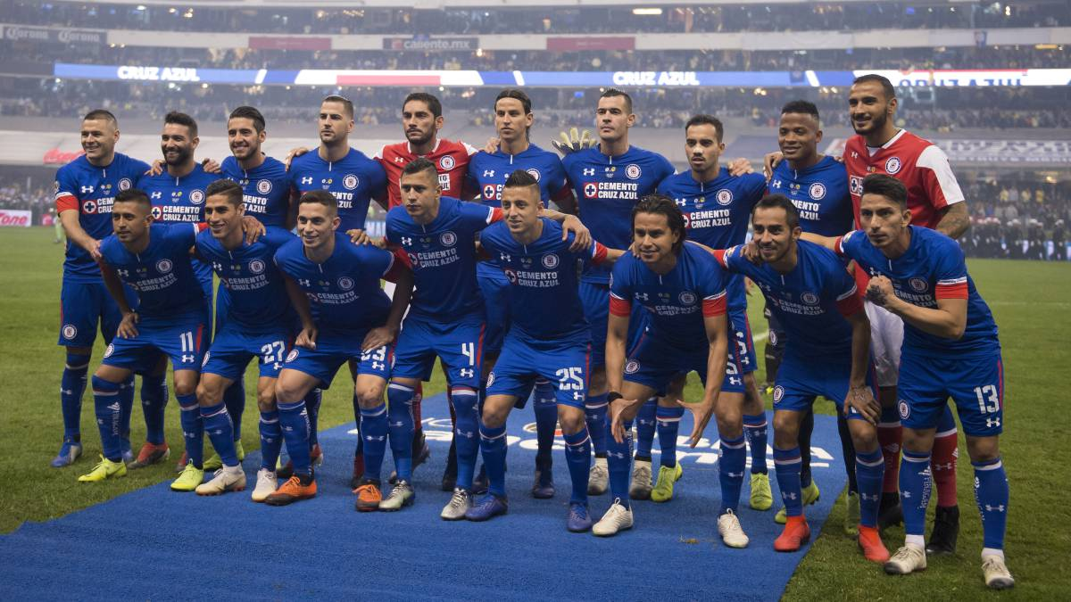 Cruz Azul anunció nueva marca patrocinadora en su playera para el Clausura  2019 baf8914a81c43
