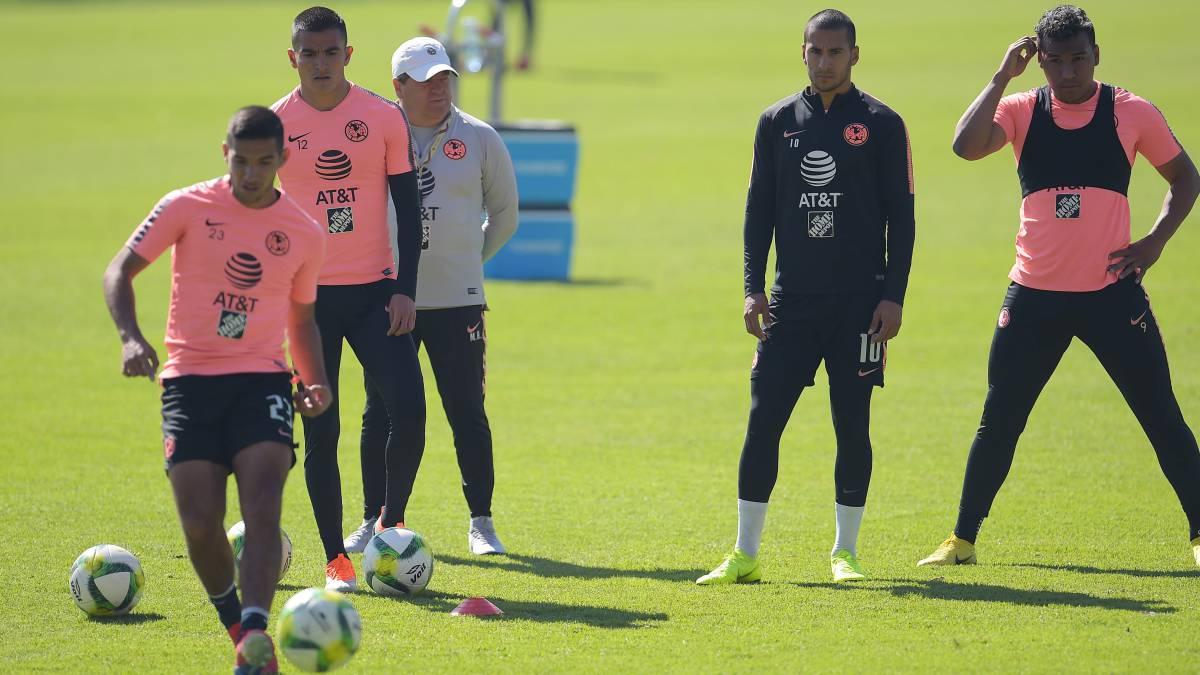 b5185c3d1d2de Cecilio Domínguez sigue con América  Independiente lo espera - AS México