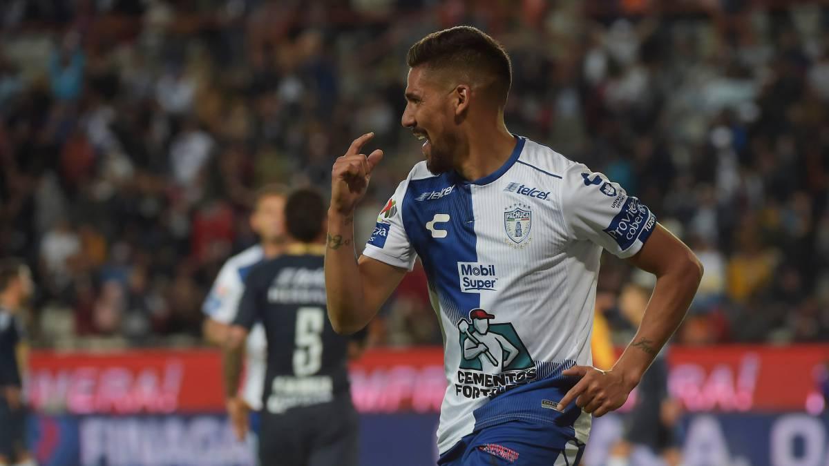 9435349dabd Franco Jara celebra su anotación en el partido Pachuca - Pumas