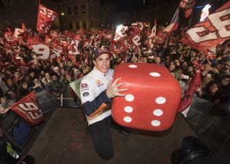 Cervera homenajea a su hexacampeón mundial