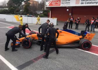 Directo: la lluvia gana intensidad, pero Alonso y Sainz ruedan