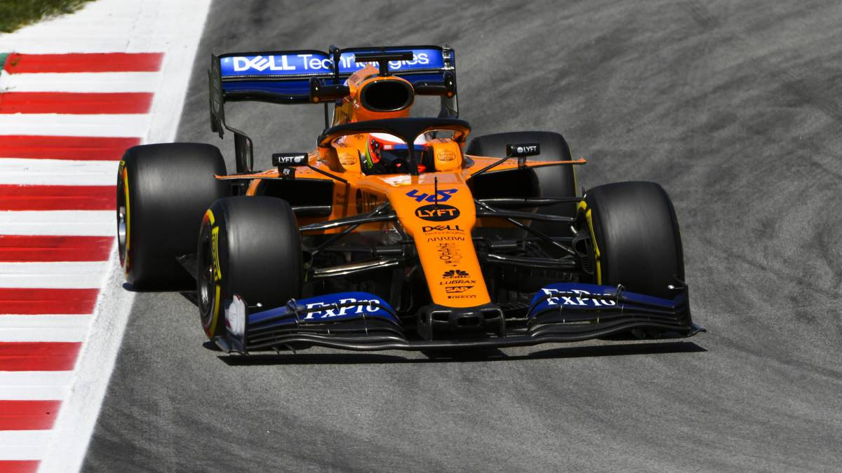 McLaren ends with problems and the Mercedes is driving alone
