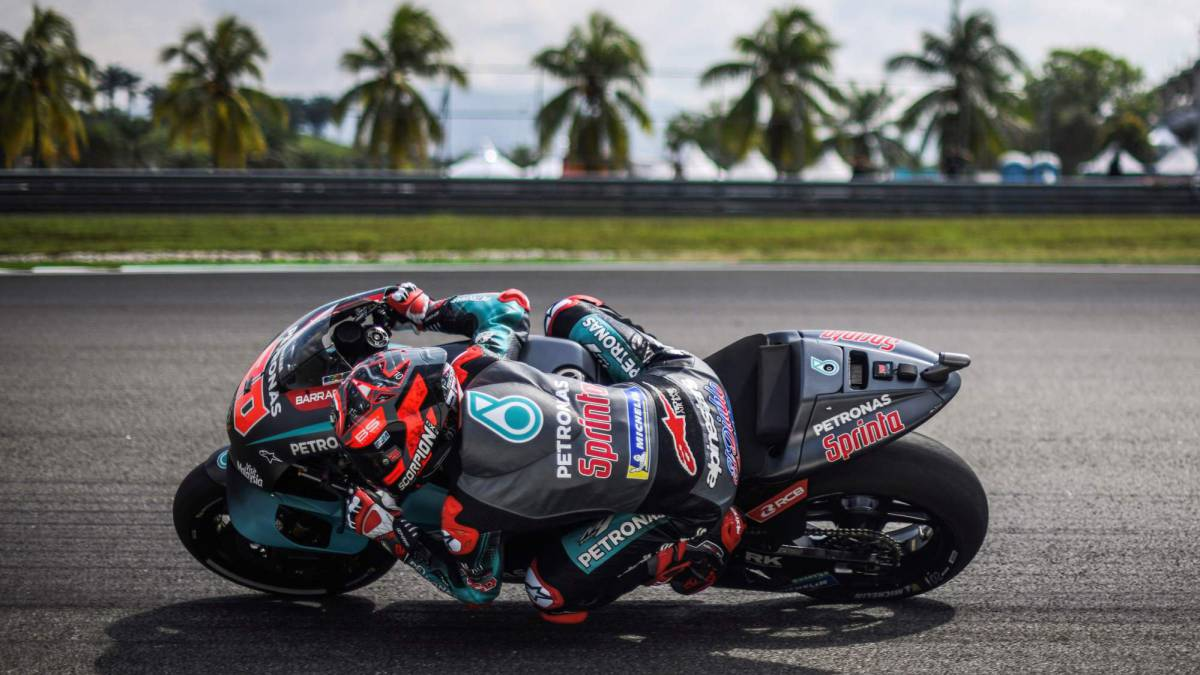 Yamaha-domain-with-Quartararo-lowering-the-record-already-in-FP1