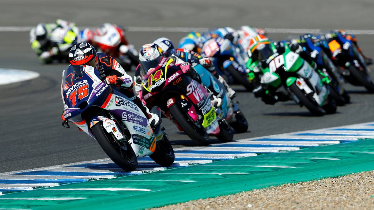 Arenas-is-the-lord-and-master-of-the-Moto3-heart-attack-finals