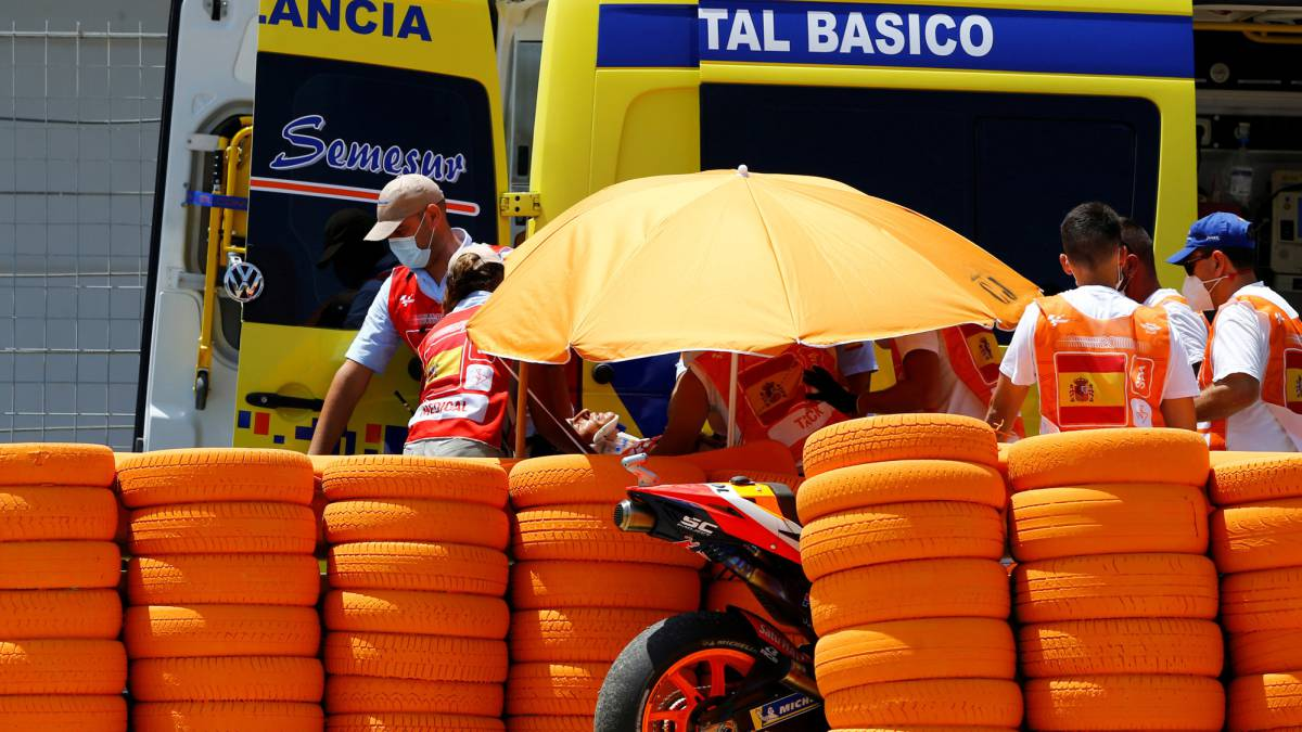 Marc-Márquez-has-a-long-recovery-ahead-of-him